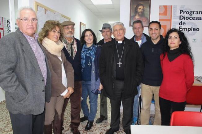 obispo_visita_centro_caritas_chiclana_3_22_01_16