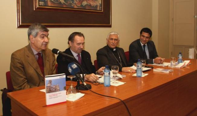 presentacion_libro_obispos_cadiz_1_03_02_16 (1)